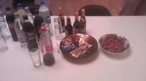Snacks und Erdbeeren